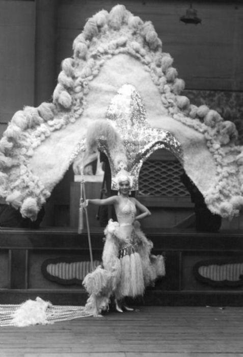 Английская актриса Джесси Мэттьюс, 1930-е годы.