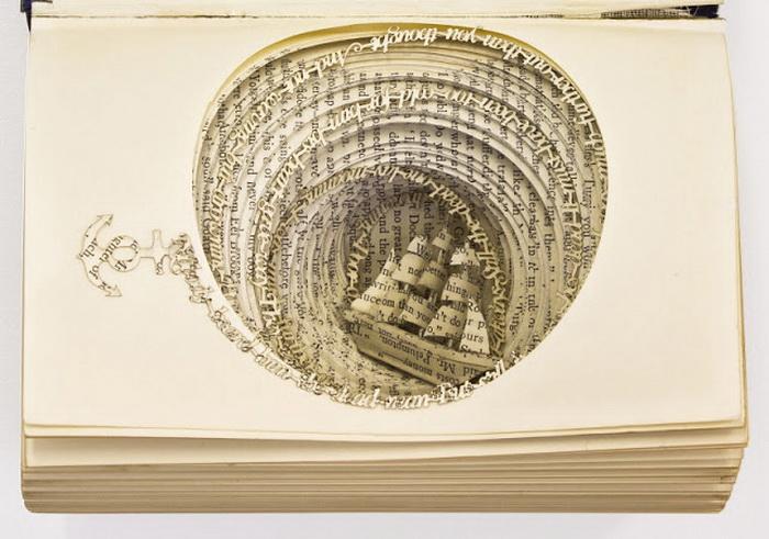 3D-скульптуры из книг от Томаса Уитмена
