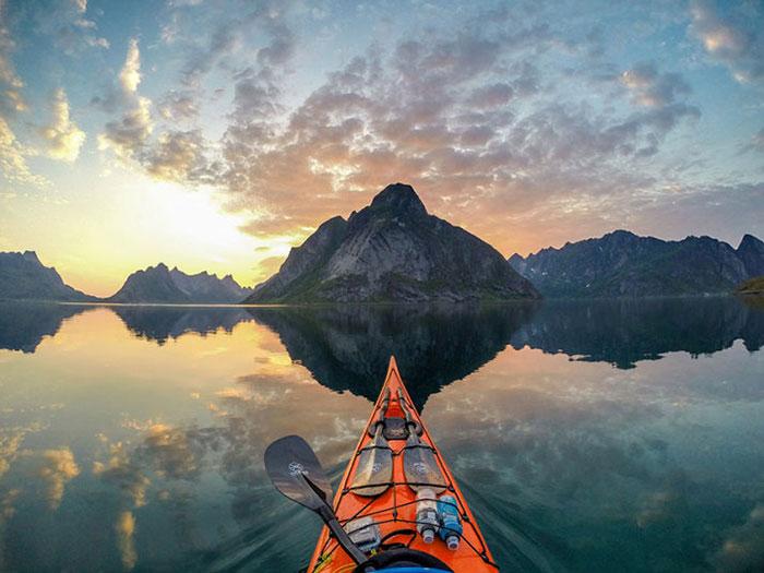 Захватывающие путешествия на каяке по норвежским фьордам