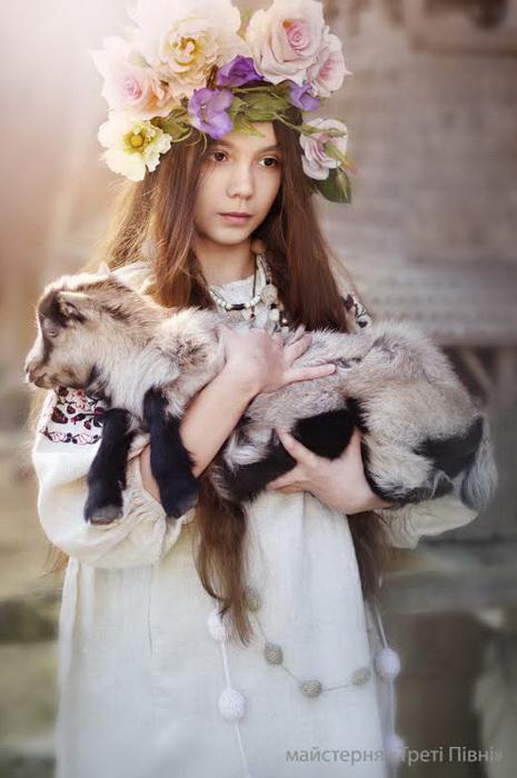 Фантастически красивые фотографии украинок в проекте мастерской Треті півні