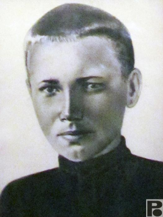 Витя Черевичкин - юноша-герой, расстрелянный нацистами. Фото: rodb-v.ru