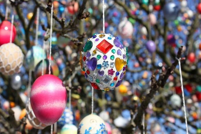 Некоторые яйца напоминают бижутерию