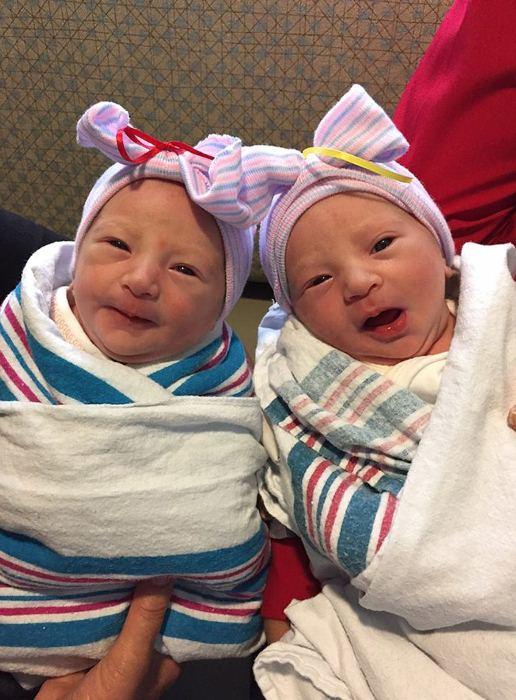 Очаровательные близняшки родились у Ника Вуйчича. Фото: startface.net