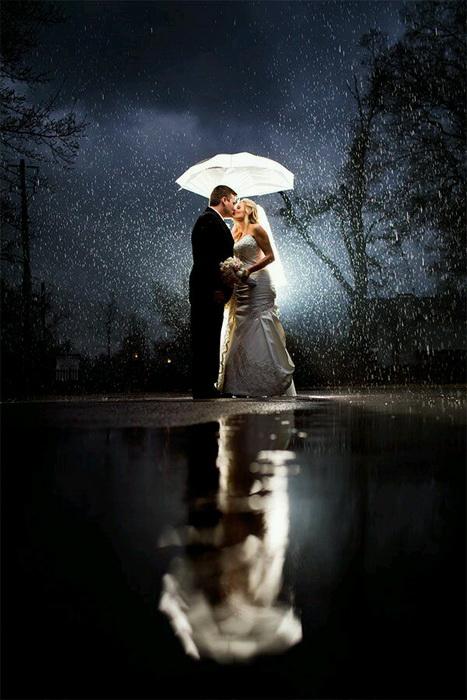 Свадебные фотографии, сделанные в непогоду
