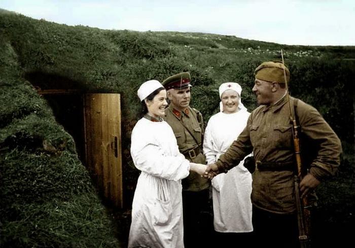 Советские медсестры. Редкие цветные фотографии женщин во время Второй мировой войны