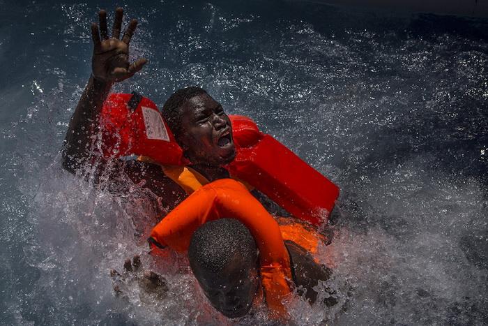 Убийства, войны и болезни: самые сильные документальные фотографии конкурса World Press Photo Contest (Часть 1)