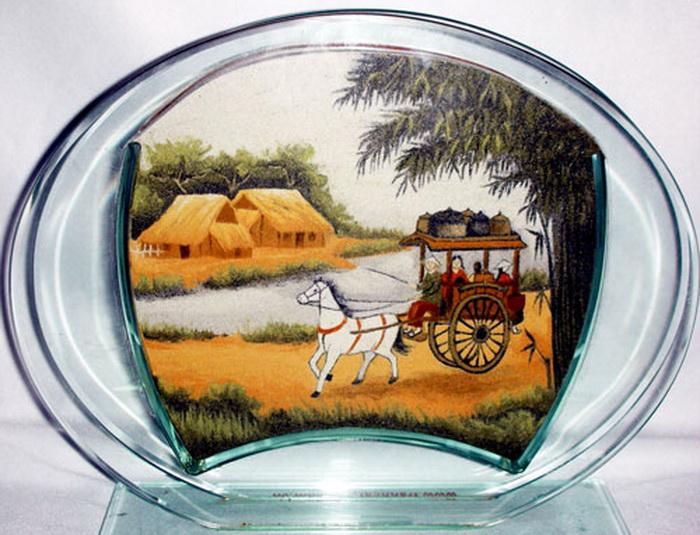 Картины из песка вьетнамской художницы Y Lan