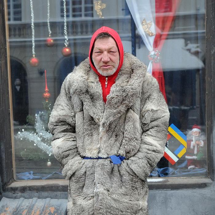 Фотоцикл о львовском бомже-моднике