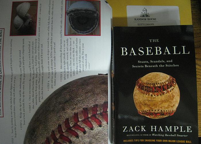 Зак Хэмпл выпустил три книги под незамысловатым названием *Бейсбол*