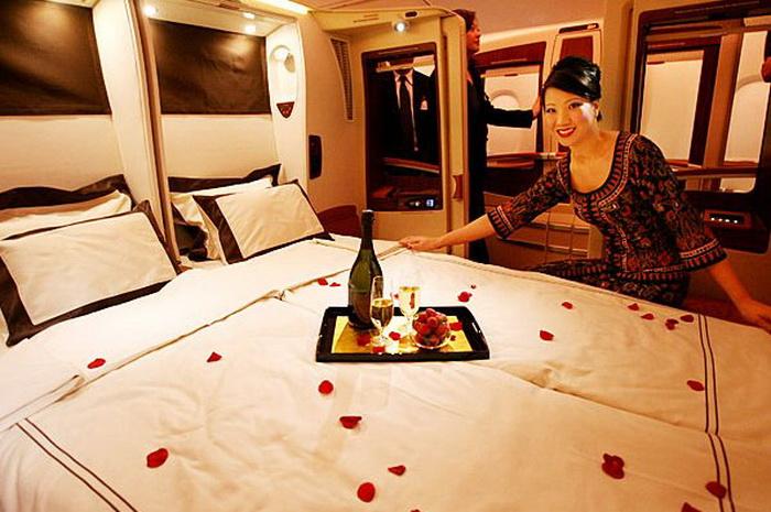 Двуспальная кровать на борту авиалайнера А380
