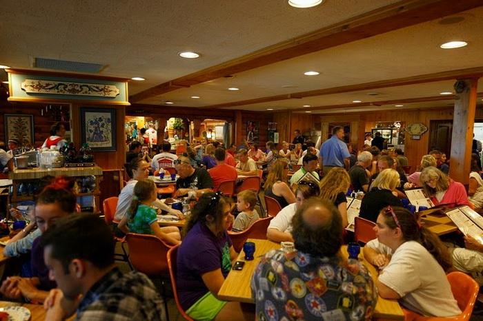 Ресторан в скандинавском стиле