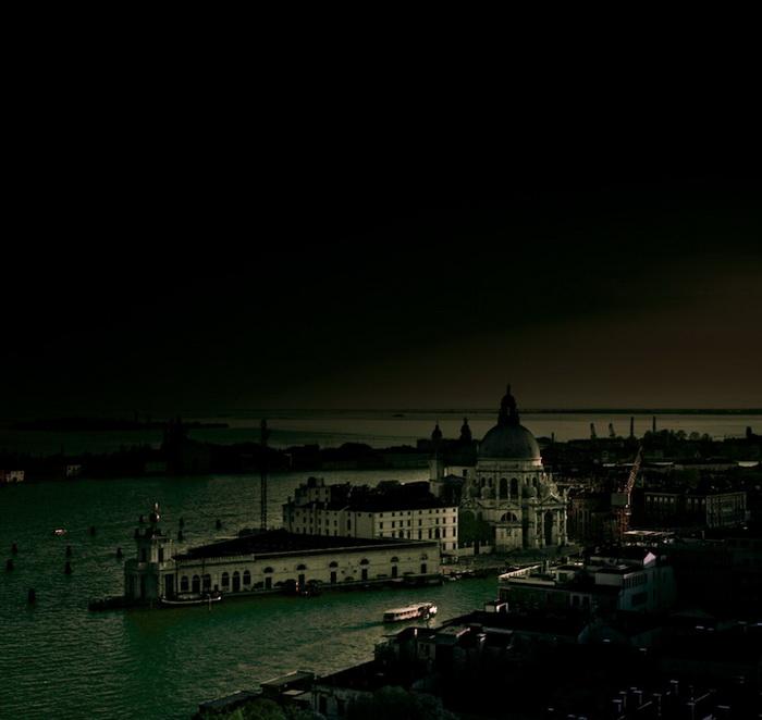 Dark Venice: мистический фотоцикл от Alessandro Cancian