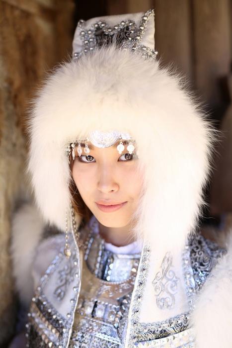 Девушка народности саха.