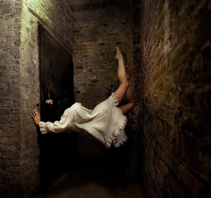Alicia Savage - мастер фотоманипуляций
