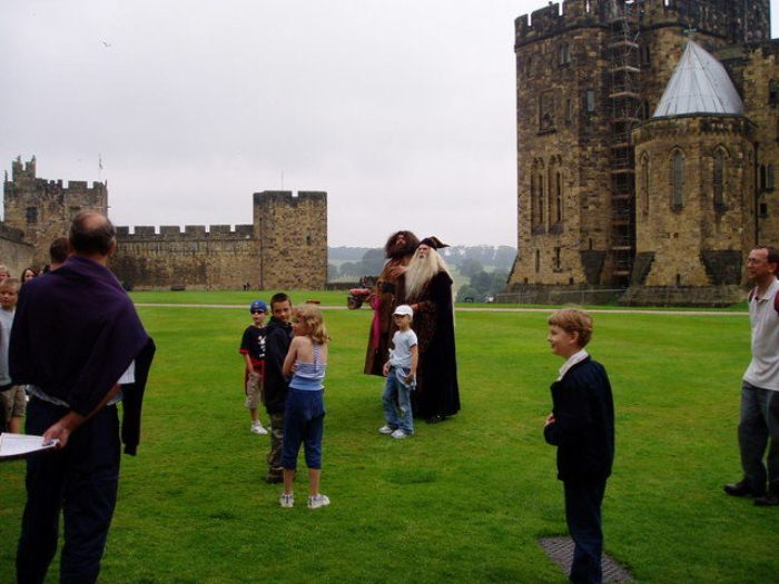 Тематические экскурсии в замке Алник, Англия.