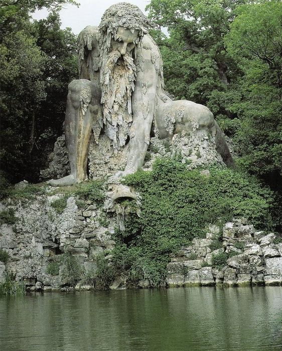 Апеннинский колосс, скульптор - Джамболона (Giambologna), Флоренция, Италия