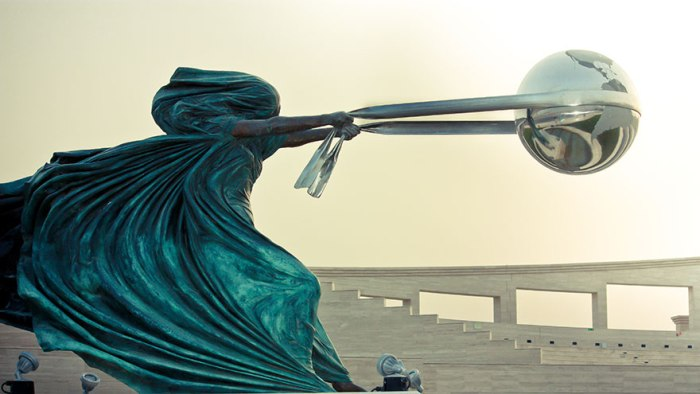 Force of Nature. Мать-природа в скульптурах Лоренцо Куинн (Lorenzo Quinn)