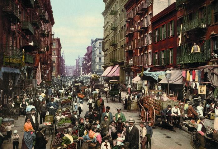 *Американская Одиссея*. Снимок сделан в 1900 г. на Малберри-стрит (Нью-Йорк)