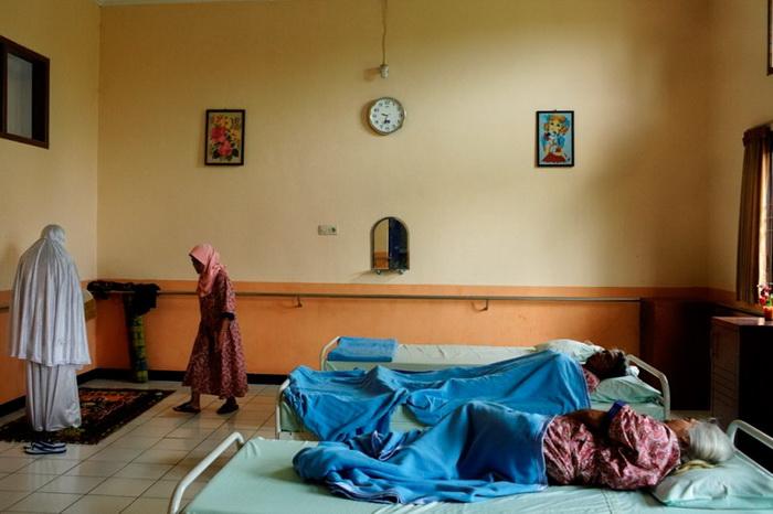 Wediodining Lawang - лучший психиатрический госпиталь в Индонезии