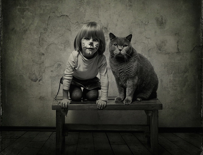 Цикл фотографий о девочке и ее коте от Энди Проха