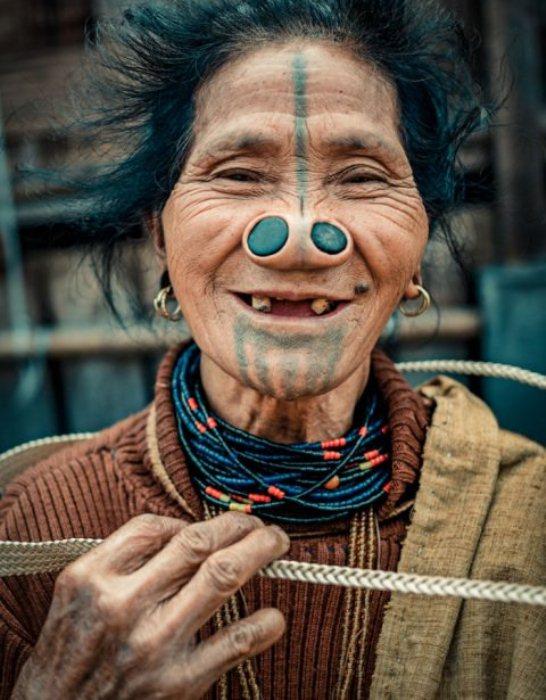 Эти женщины - последнее поколение, которое придерживалось старинной традиции.