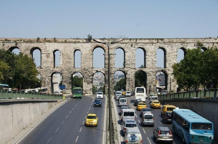 Акведук Valens