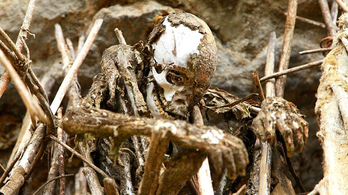 Мумии племени анга (Регион Асеки, Папуа-Новая Гвинея)