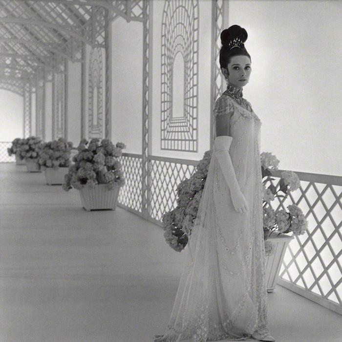 Раритетные фотопортреты Одри Хепбёрн. Фотограф Сесил Битон, 1963 г.