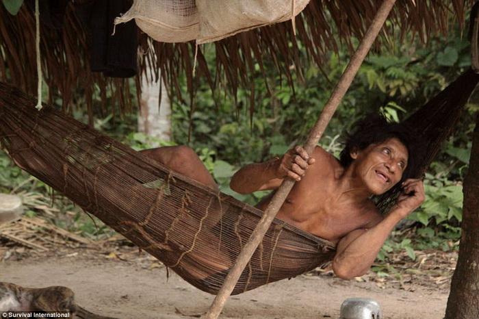 Кочевое племя ава