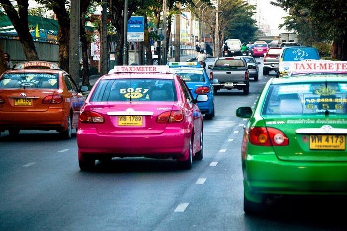 Цвет автомобиля указывает на ее владельца