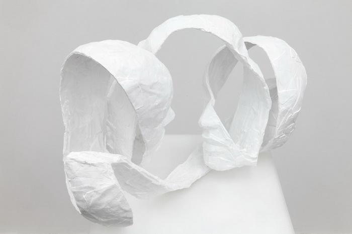 Белоснежные абстрактные скульптуры от Barbara Leoniak