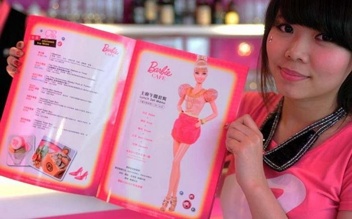 Первый в мире тематический ресторан Barbie Cafe в Тайване