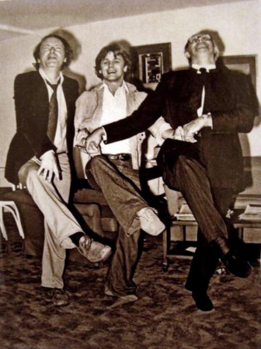 Бродский, Барышников и Ростропович исполняют *Танец маленьких лебедей* | Фото: pinterest.com