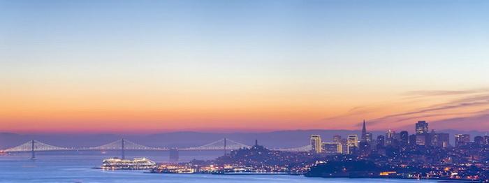 Golden Gate Bridge с выключенной иллюминацией
