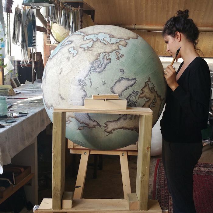 Создание глобуса - творческий процесс