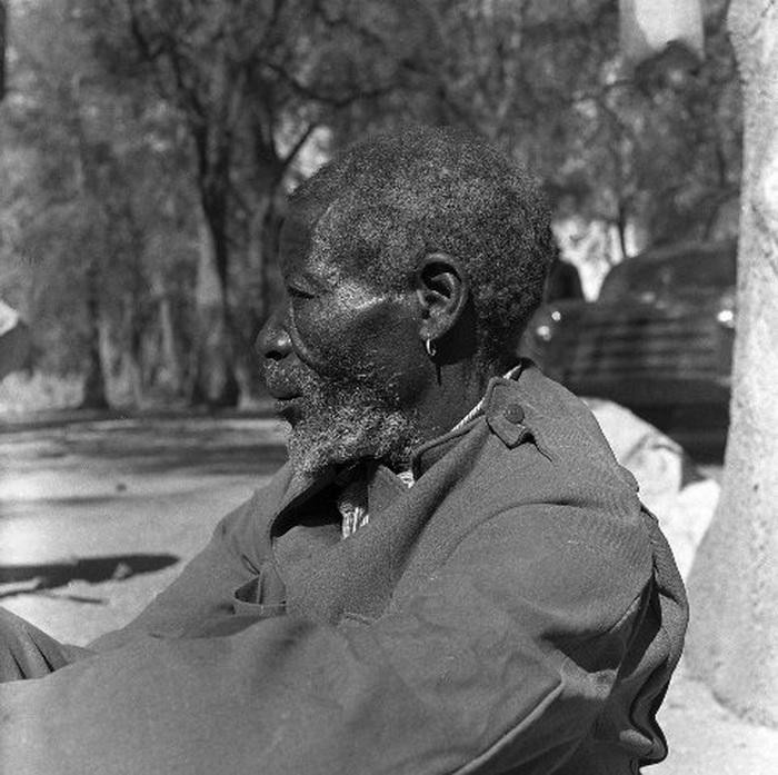 Бергдамы - черные люди пустыни Калахари