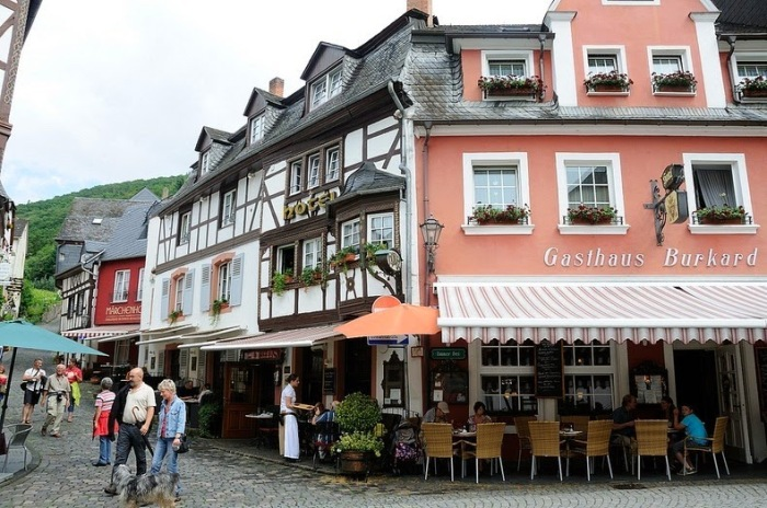 Бернкастель-Кюс - жемчужина немецкой средневековой архитектуры