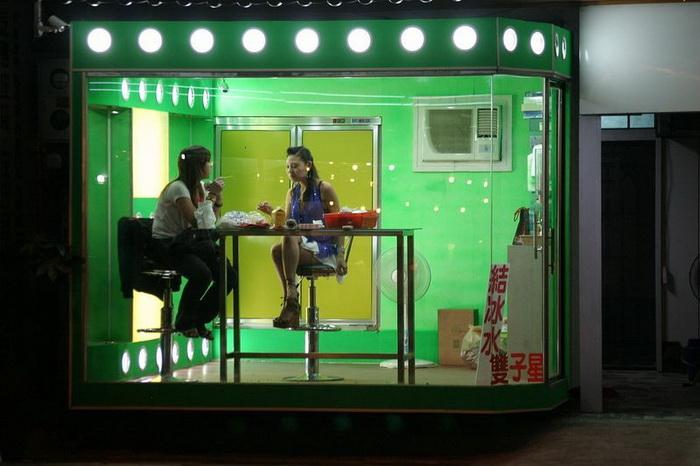Бетельные красавицы - самая необычная женская профессия на Тайване
