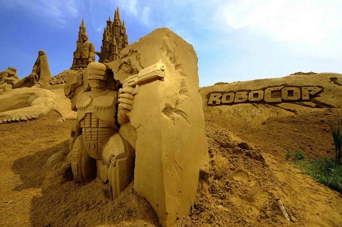 Фестиваль песчаных скульптур в Бланкенберге (Бельгия)