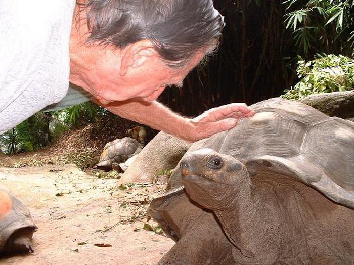 Брендон Гримшоу прожил 40 лет на необитаемом острове