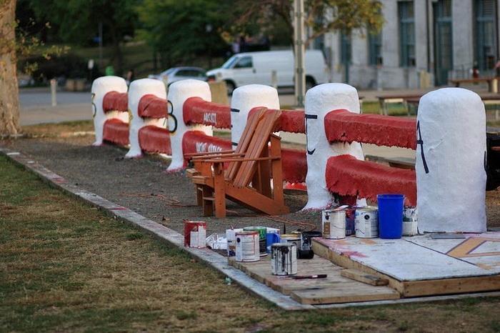 Кресло для *охранников* забора