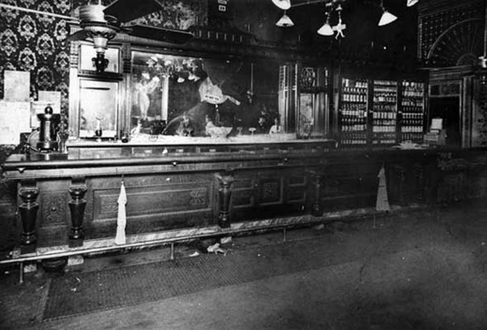 Отель и бар в Вичите, Канзас, куда неоднократно наведывалась Кэрри Нейшн