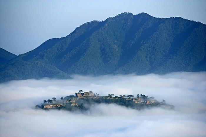 Замок Такеда в Японии