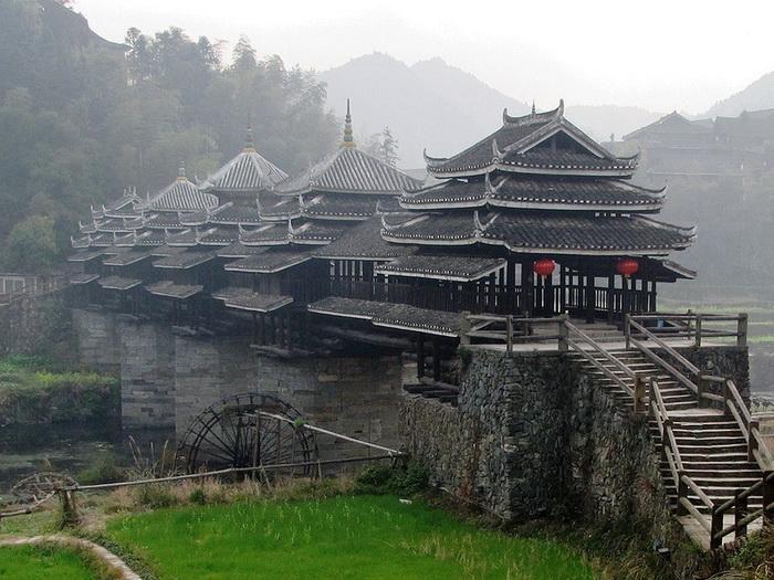 Мост Ветра и Дождя в Китае