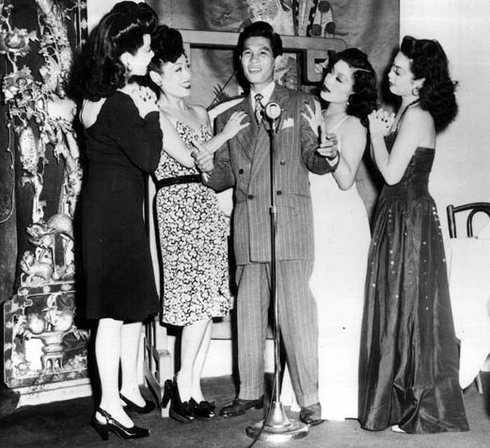 Larry Ching, снискавший славу китайского Фрэнка Синатры