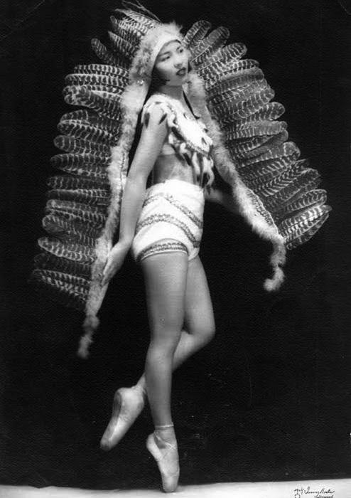 Dorothy Toy танцевала на пуантах с 12 лет, одна из немногих, кому удалось сделать актерскую карьеру