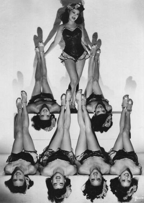 Очаровательные танцовщицы из клуба Forbidden City
