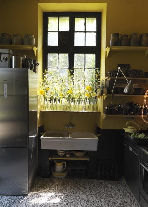 В доме-студии Клер Баслер повсюду цветы