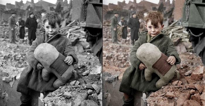 Брошенный ребенок с игрушкой (Лондон, 1945 год)