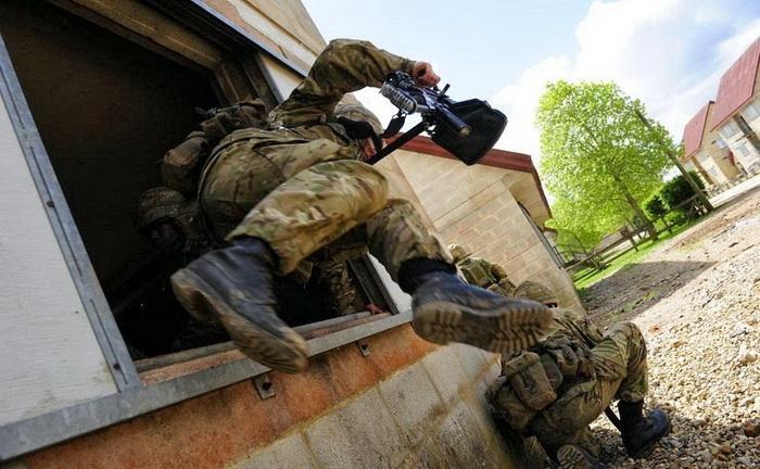 Британские военные на учениях
